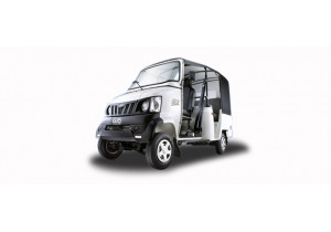 Mahindra GIO Compact Cab Pictures