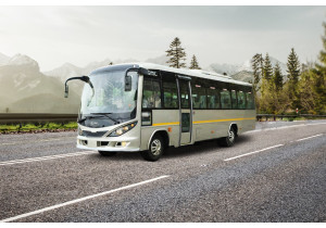 Sml Isuzu Executive Lx Staff Bus BS6 Pictures